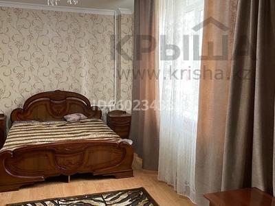 2-комнатная квартира, 73 м², 2/9 этаж помесячно, Омарова 13 за 140 000 〒 в Нур-Султане (Астана), Есиль р-н — фото 2