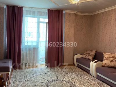 2-комнатная квартира, 73 м², 2/9 этаж помесячно, Омарова 13 за 140 000 〒 в Нур-Султане (Астана), Есиль р-н — фото 4