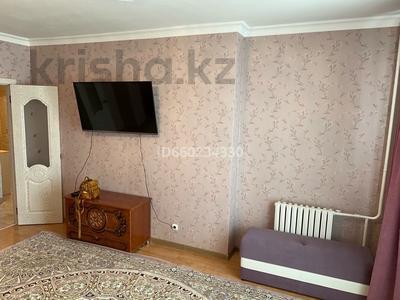 2-комнатная квартира, 73 м², 2/9 этаж помесячно, Омарова 13 за 140 000 〒 в Нур-Султане (Астана), Есиль р-н — фото 5