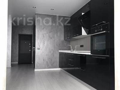 3-комнатная квартира, 125 м², 5 этаж помесячно, проспект Мангилик Ел 28 — Ханов Керея и Жанибека за 270 000 〒 в Нур-Султане (Астана), Есиль р-н — фото 3