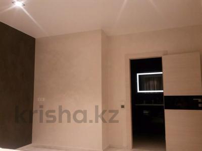 3-комнатная квартира, 125 м², 5 этаж помесячно, проспект Мангилик Ел 28 — Ханов Керея и Жанибека за 270 000 〒 в Нур-Султане (Астана), Есиль р-н — фото 7