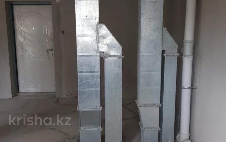 1-комнатная квартира, 44 м², 9/10 этаж, Жунисова 10 к 17 за 12.2 млн 〒 в Алматы, Наурызбайский р-н