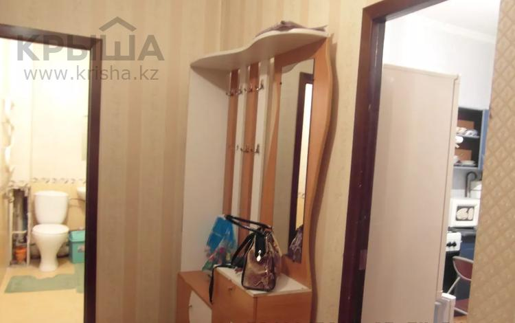 1-комнатная квартира, 42 м² по часам, Ауэзова 127 — Сатпаева за 1 000 〒 в Алматы, Бостандыкский р-н