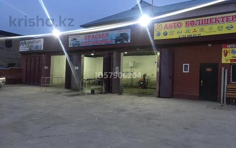 Здание, площадью 320 м², Абайский р-н, мкр Самал-1 за 72 млн 〒 в Шымкенте, Абайский р-н
