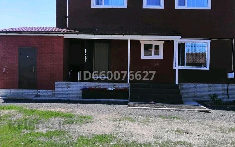 6-комнатный дом, 180 м², 10 сот., Жастулек 5 за 45 млн 〒 в Акмолинской обл.