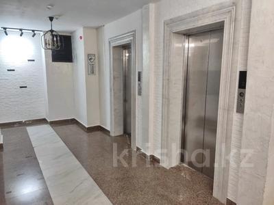 2-комнатная квартира, 62 м², 9/12 этаж, Керей, Жәнібек хандар 28 за 25.5 млн 〒 в Нур-Султане (Астана), Есиль р-н — фото 10
