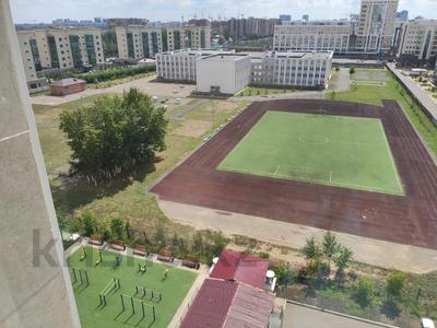 2-комнатная квартира, 62 м², 9/12 этаж, Керей, Жәнібек хандар 28 за 25.5 млн 〒 в Нур-Султане (Астана), Есиль р-н — фото 13