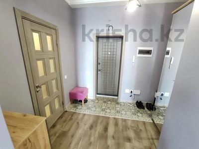 2-комнатная квартира, 62 м², 9/12 этаж, Керей, Жәнібек хандар 28 за 25.5 млн 〒 в Нур-Султане (Астана), Есиль р-н — фото 14