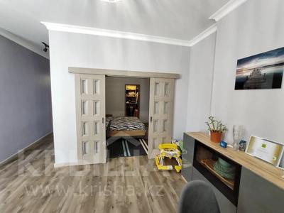 2-комнатная квартира, 62 м², 9/12 этаж, Керей, Жәнібек хандар 28 за 25.5 млн 〒 в Нур-Султане (Астана), Есиль р-н