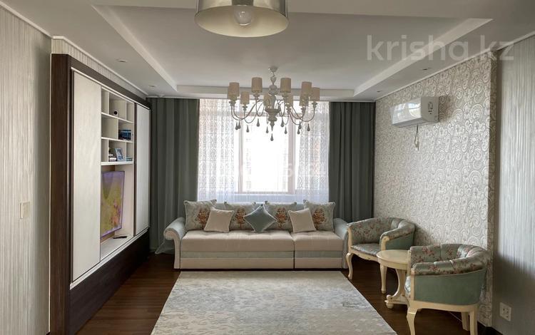 4-комнатная квартира, 108 м², 11/22 этаж, Кабанбай батыра 43 — Орынбор за 65 млн 〒 в Нур-Султане (Астане), Есильский р-н