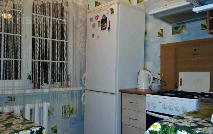 1-комнатная квартира, 33 м², 4/4 этаж помесячно, мкр №9, Берегового 44 за 85 000 〒 в Алматы, Ауэзовский р-н