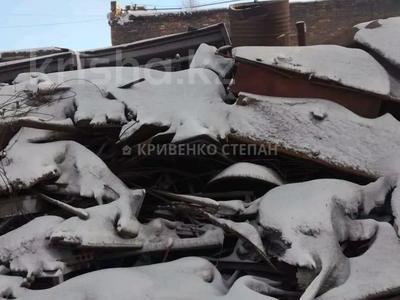 Промбаза 12 соток, Республики 1/12 за 150 млн 〒 в Темиртау — фото 10