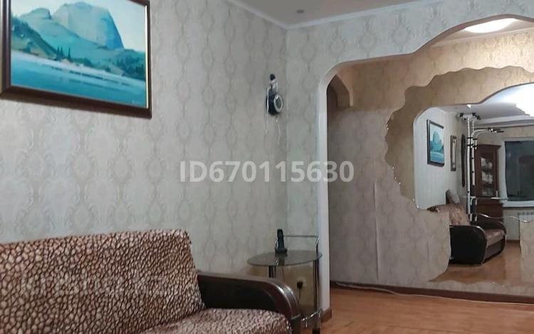 3-комнатная квартира, 65 м², 4/9 этаж, Машхур Жусупа 270 за 23 млн 〒 в Павлодаре
