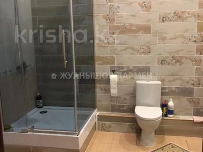 10-комнатный дом помесячно, 850 м², 25 сот., Карашаш Ана за 2.5 млн 〒 в Нур-Султане (Астана), Есиль р-н — фото 8
