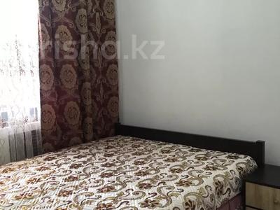 1-комнатная квартира, 50 м², 1/5 этаж посуточно, Каратал 43В за 15 000 〒 в Талдыкоргане — фото 2