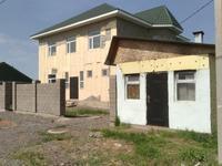 6-комнатный дом помесячно, 300 м², 10 сот.