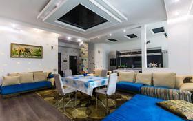 2-комнатная квартира, 80 м², 6/27 этаж посуточно, Достык 5 — Кунаева за 12 000 〒 в Нур-Султане (Астана), Есильский р-н