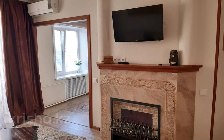 1-комнатная квартира, 32 м², 2/5 этаж посуточно, И. Франко 21 за 9 000 〒 в Рудном