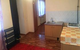 2-комнатный дом помесячно, 40 м², 6 сот., улица Гани Иляева 64 — Адырбекова за 30 000 〒 в Шымкенте