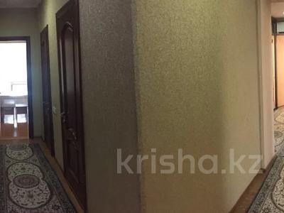 5-комнатная квартира, 110 м², 5/5 этаж, 13-й мкр за 22 млн 〒 в Актау, 13-й мкр — фото 12