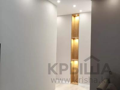 3-комнатная квартира, 100 м², 7/9 этаж помесячно, A33 6 — Шамши Калдаякова за 300 000 〒 в Нур-Султане (Астана), Алматы р-н — фото 12