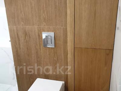 3-комнатная квартира, 100 м², 7/9 этаж помесячно, A33 6 — Шамши Калдаякова за 300 000 〒 в Нур-Султане (Астана), Алматы р-н — фото 21