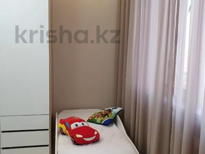 3-комнатная квартира, 100 м², 7/9 этаж помесячно, A33 6 — Шамши Калдаякова за 300 000 〒 в Нур-Султане (Астана), Алматы р-н — фото 25