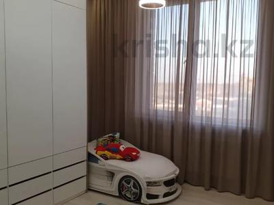 3-комнатная квартира, 100 м², 7/9 этаж помесячно, A33 6 — Шамши Калдаякова за 300 000 〒 в Нур-Султане (Астана), Алматы р-н — фото 27