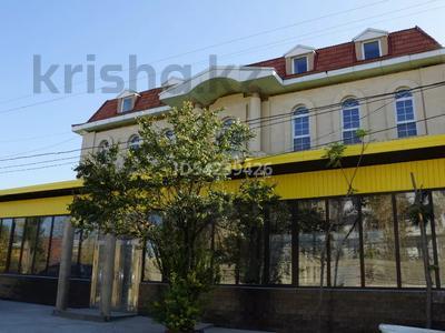 Здание, Кунаева — Жандосова площадью 1000 м² за 3 000 〒 в Шымкенте, Аль-Фарабийский р-н