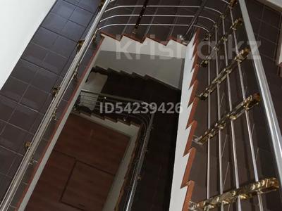 Здание, Кунаева — Жандосова площадью 1000 м² за 3 000 〒 в Шымкенте, Аль-Фарабийский р-н — фото 7