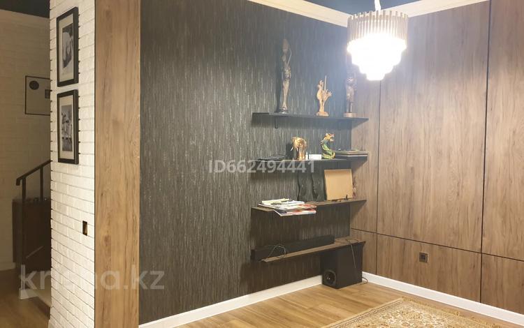 8-комнатный дом, 220 м², 9 сот., Алдиярова 91 — Елшибек батыра за 56 млн 〒 в Шымкенте