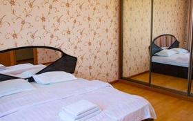2-комнатная квартира, 60 м² по часам, 8-й микрорайон, 8-й микрорайон 7 за 1 500 〒 в Шымкенте, Абайский р-н