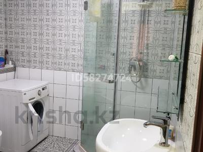 3-комнатная квартира, 62 м², 1/5 этаж посуточно, Мкр Каратау за 10 000 〒 в Таразе — фото 2