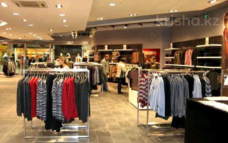 Магазин площадью 180 м², мкр Новый Город, Бухар Жырау за 1.2 млн 〒 в Караганде, Казыбек би р-н