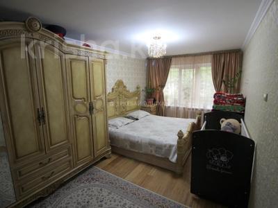 4-комнатная квартира, 76 м², 1/5 этаж, мкр №11, Алтынсарина за 29 млн 〒 в Алматы, Ауэзовский р-н — фото 10