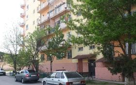 4-комнатная квартира, 100 м², 4/9 этаж, Алия Молдагулова 44 — Республики за ~ 26 млн 〒 в Шымкенте, Абайский р-н