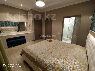 4-комнатная квартира, 160 м², 6/12 этаж посуточно, Пригородный, Сарайшык 5 за 20 000 〒 в Нур-Султане (Астана), Есиль р-н — фото 6