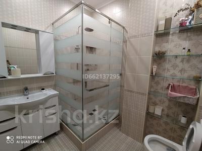 4-комнатная квартира, 160 м², 6/12 этаж посуточно, Пригородный, Сарайшык 5 за 20 000 〒 в Нур-Султане (Астана), Есиль р-н — фото 7