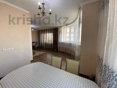 3-комнатная квартира, 100 м², 11/13 этаж, Малика Габдуллина за 26.9 млн 〒 в Нур-Султане (Астана), р-н Байконур — фото 11