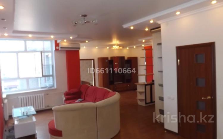 2-комнатная квартира, 66.9 м², 5/6 этаж, Бокенбай Батыра 32 за 15 млн 〒 в Актобе