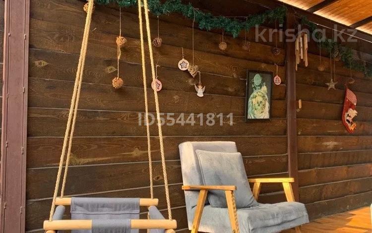 2-комнатный дом помесячно, 45 м², ул. Доватора 12 за 200 000 〒 в Алматы, Медеуский р-н