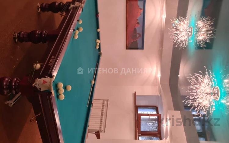 6-комнатный дом, 590 м², 14.9 сот., Мухаммед Хайдар Дулати 123 за 275 млн 〒 в Алматы, Бостандыкский р-н