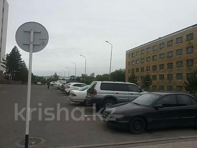 Здание, площадью 2700 м², Бульвар мира 37 за 450 млн 〒 в Караганде, Казыбек би р-н — фото 2