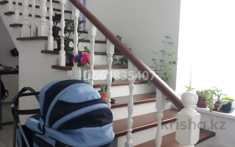 6-комнатный дом, 399.3 м², 3 сот., Нажимеденова за 50 млн 〒 в Атырау