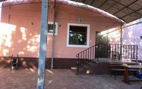 6-комнатный дом, 420 м², 6 сот., Айтеке би 76 — Садвакасова за 65 млн 〒 в
