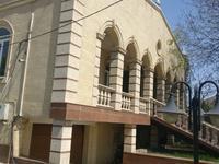 6-комнатный дом, 520 м², 16 сот., Бекмаханова за 135 млн 〒 в Алматы, Турксибский р-н