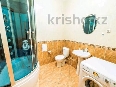 3-комнатная квартира, 130 м², 35/36 этаж посуточно, Достык 5 за 20 000 〒 в Нур-Султане (Астана), Есиль р-н — фото 5