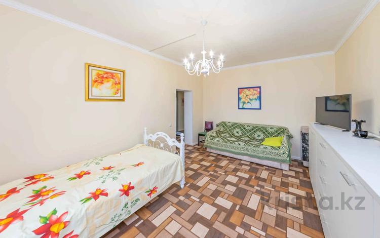 1-комнатная квартира, 52 м², 5/6 этаж, Алихана Бокейханова 27 за 19.6 млн 〒 в Нур-Султане (Астана), Есиль р-н