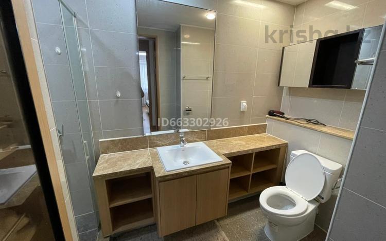3-комнатная квартира, 100 м² помесячно, проспект Рахимжана Кошкарбаева 2 за 330 000 〒 в Нур-Султане (Астана), Алматы р-н