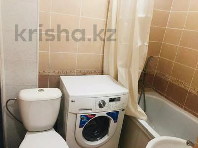 1-комнатная квартира, 40 м², 1/5 этаж посуточно, Республика за 7 000 〒 в Шымкенте — фото 4